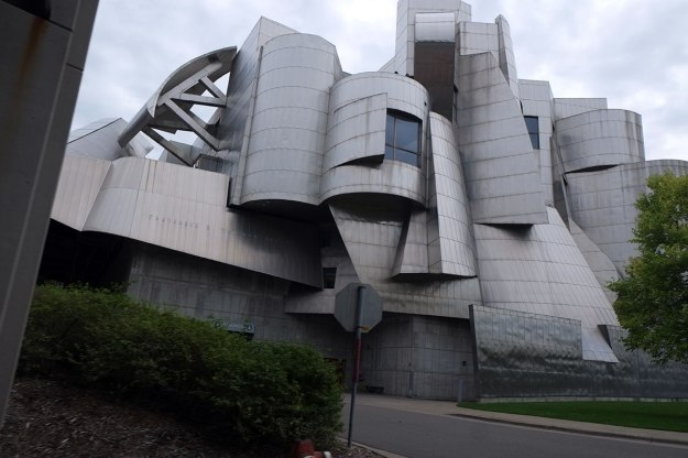 Gehry drive-by at UM
